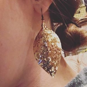 Jewelry - Gold glitter faux leather earrings